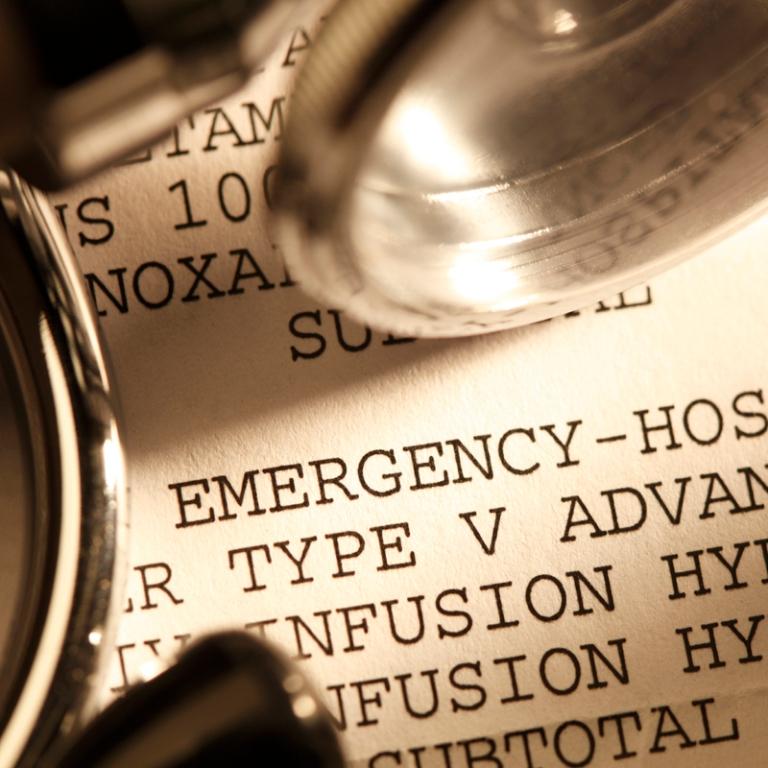 141023-medicalbillhospital-stock