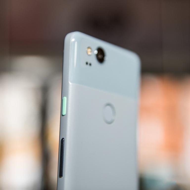 google-pixel-2-kinda-blue-2